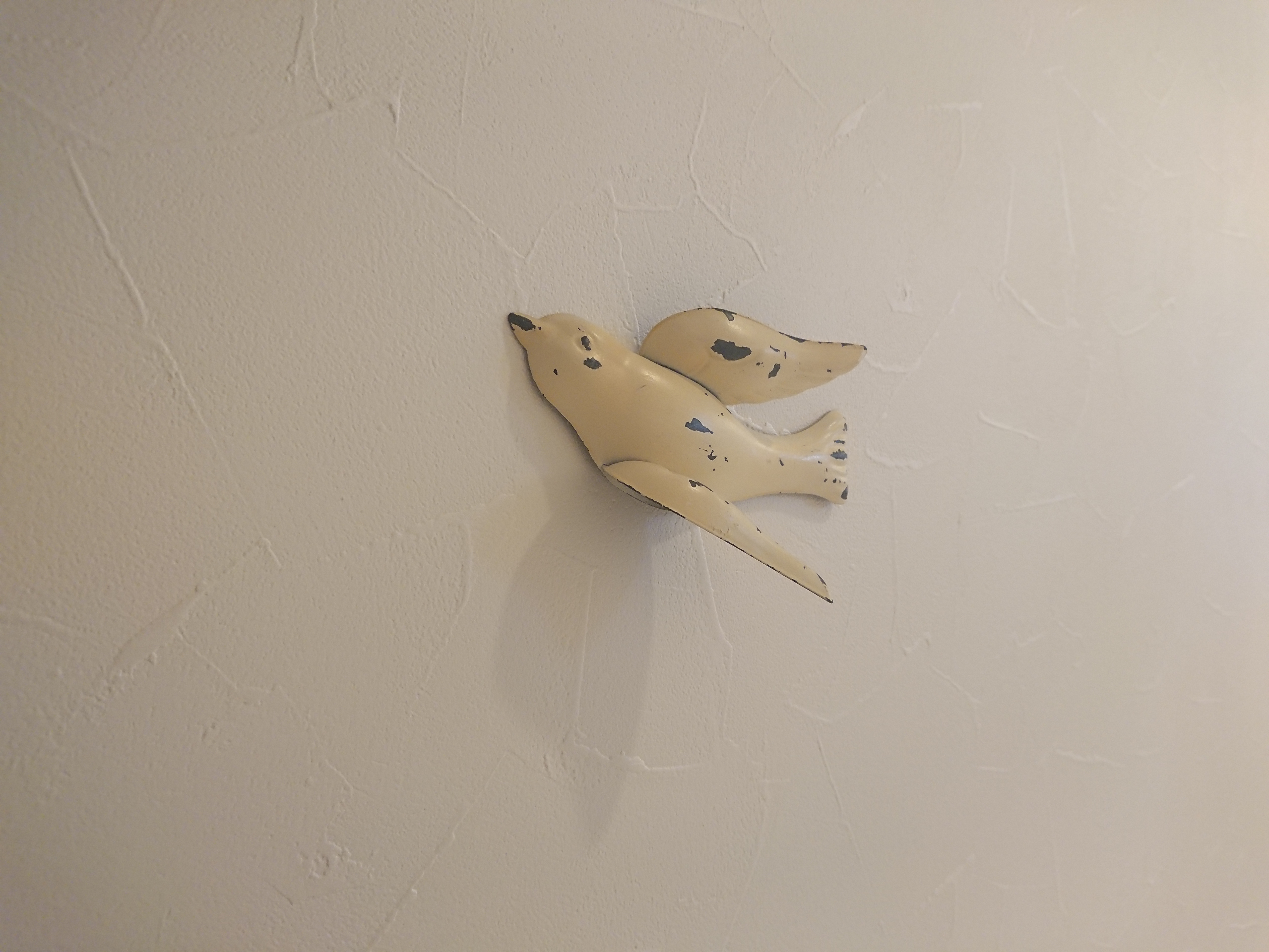 玄関 廊下の壁紙は汚れにくさ重視で 汚れ防止の機能性を実験比較 はるすけリっきっき